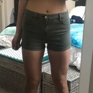 PacSun Army Green shorts- size 28